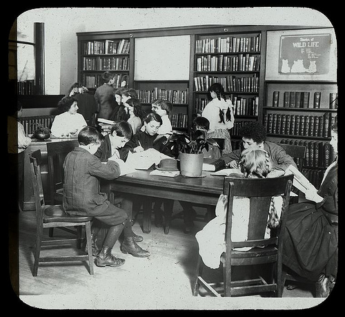 Children welcome at the public library again!